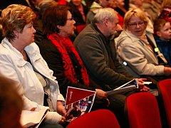 Kasino v Bartovicích? Mezi lidmi na pondělní debatě převládlo zděšení a nevole.