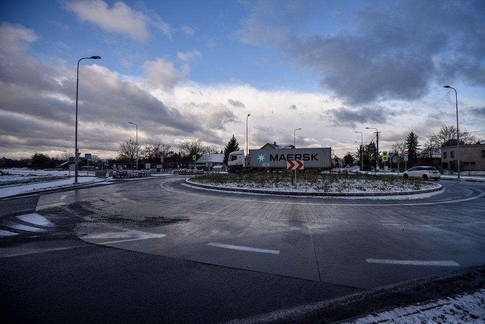 Prodloužená Mostní napojí Hrabovou na dálnici  z Ostravy do Frýdku-Místku.