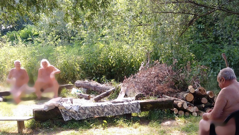 Pohoda je známý naturistický kemp s pláží v Ostravě-Antošovicích a na jeho názvu je rozhodně kus pravdy.
