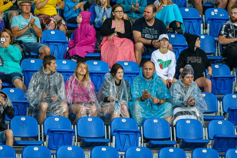 Atletický mítink IAAF World Challenge Zlatá tretra v Ostravě 20. června 2019. Na snímku fanoušci.