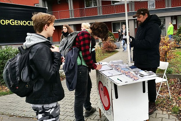 Tři dny demonstrovali v Ostravě zástupci hnutí Stop genocidě proti umělému přerušení těhotenství.