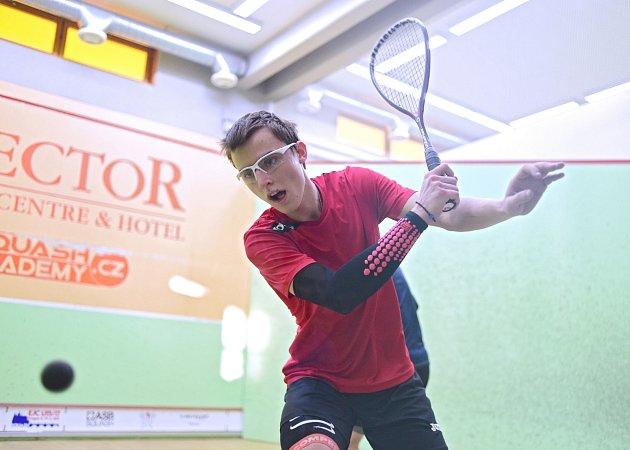 TALENT. Squashista Viktor Byrtus zCorkers Ostrava se probojoval až do finále mistrovství Evropy do 19let vPolsku.