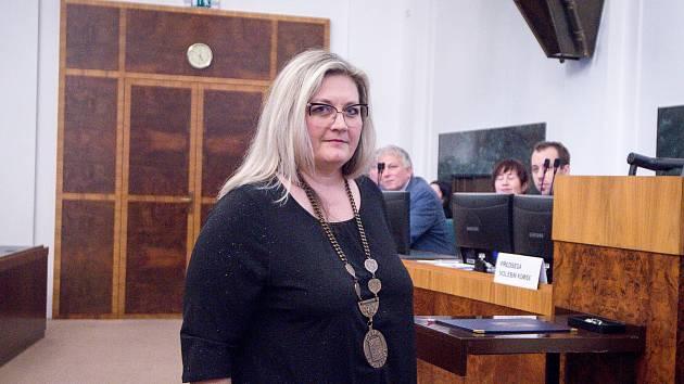 Zuzana Ožanová (ANO) na snímku z ustavujícího zastupitelstva MOAP (Moravská Ostrava a Přívoz), 5. listopadu 2018 v Ostravě.