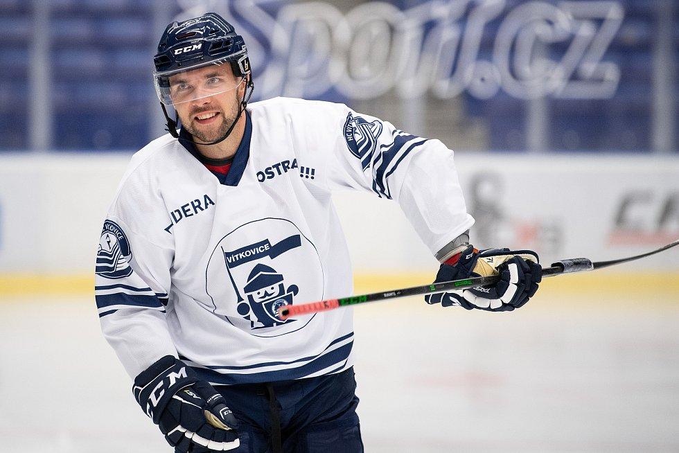 První trénink na ledě hokejistů HC Vítkovice Ridera, 26. července 2021 v Ostravě. Na snímku Roberts Bukarts.