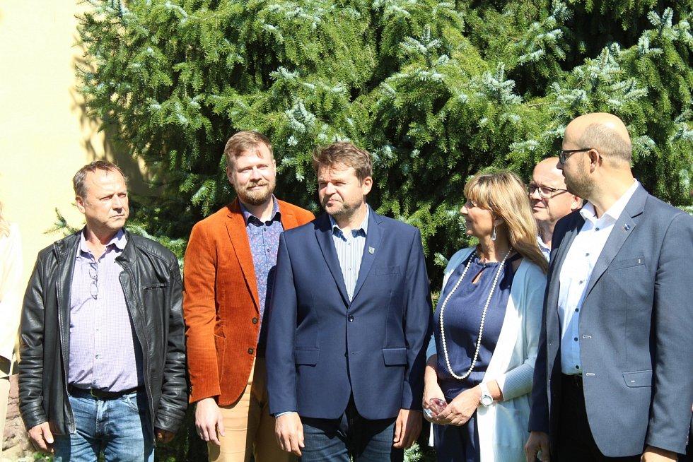 Vúterý se vŽabni sešli starostové obcí, aby průběžně vyhodnotili petici o zrušení známky mezi Frýdkem-Místkem a Ostravou.