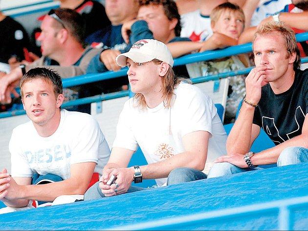 MARODI. Tři hráče má momentálně na marodce tým Baníku. Jisté je, že trenér Karel Večeřa nemůže v úvodních zápasech sezony počítat s René Bolfem (vpravo) a Alešem Neuwirthem. V případě Tomáše Marka (vlevo) je situace mnohem nadějnější.