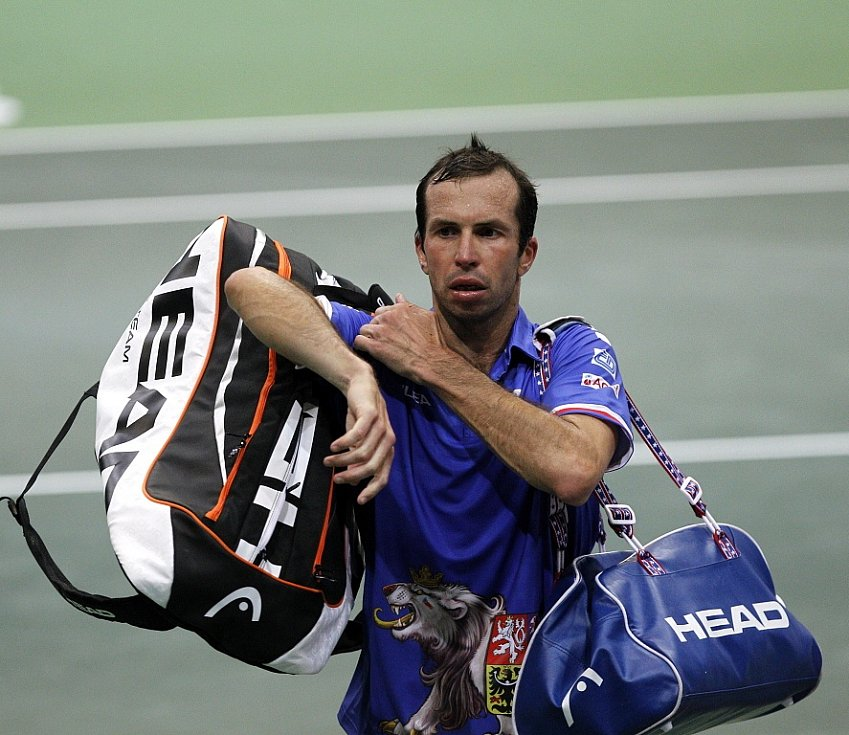 Radek Štěpánek prohrál v pěti setech.