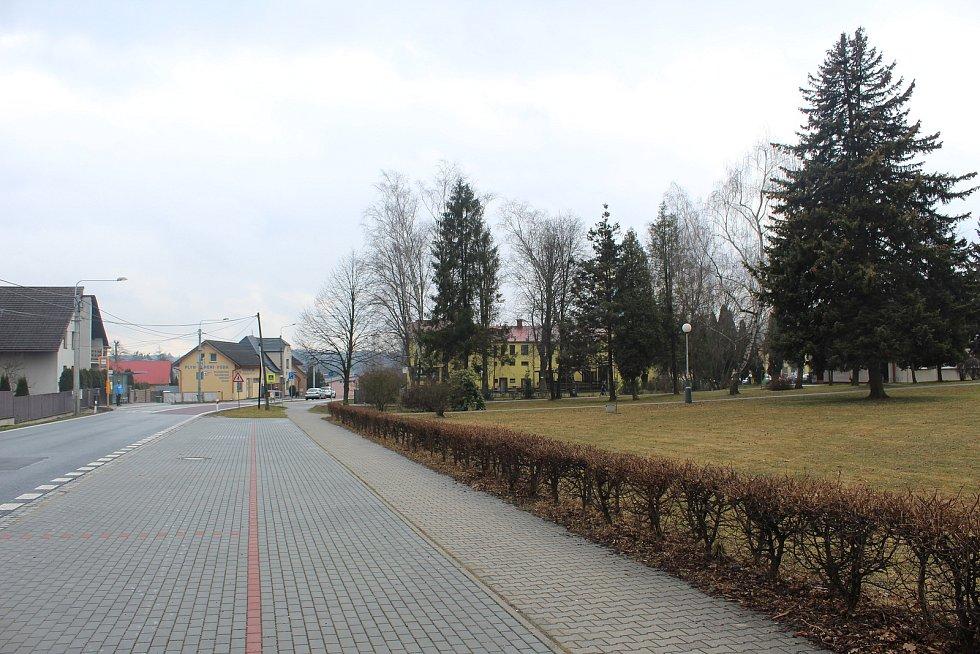 Základní škola ve Staré Bělé.