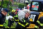Zásah hasičů kvůli přívalovým dešťům ve Staré Vsi nad Ondřejnicí.