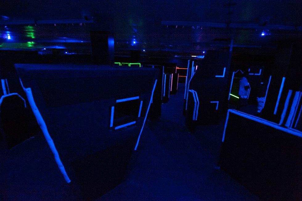 Neviditelný nebo nesmrtelný? Při hře laser game jde všechno.
