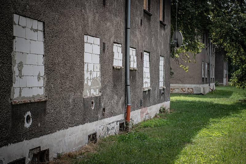 Osada Červený kříž v Mariánských horách, 21. července 2021 v Ostravě.