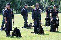 V Bartošovicích soutěží policejní psi