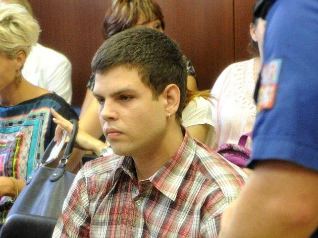 Ladislav Ďuriš se přiznal, že zabil své dva kamarády. Na průběh útoku si ale údajně nepamatuje.
