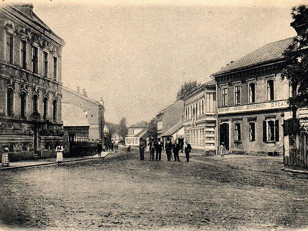 Historický snímek z centra Ostravy.