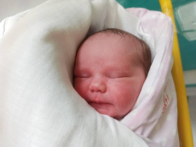 Ema Menšíková, Dětmarovice, narozena 3. října 2021 v Třinci, míra 50 cm, váha 3610 g. Foto: Gabriela Hýblová