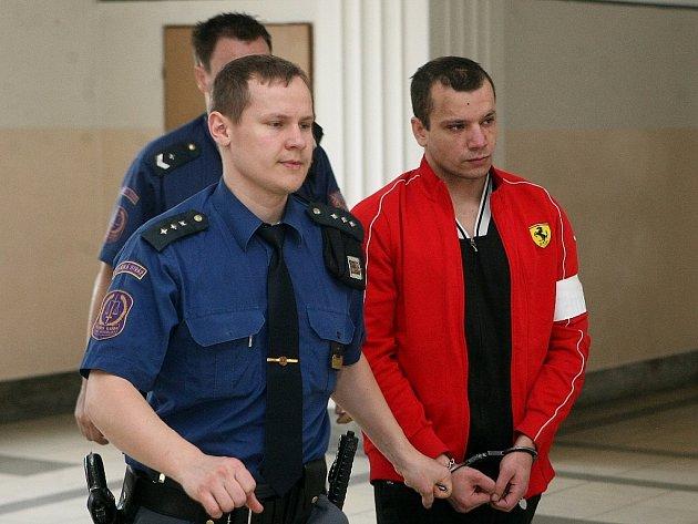 Alexandr Kálai u soudu.