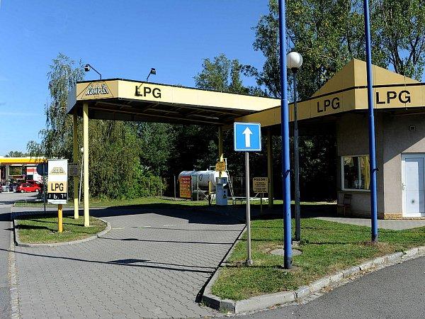 LPG pump je nejvíce. VOstravě je celkem šestnáct čerpacích stanic LPG. Jedna znich vNovinářské ulici vMoravské Ostravě.