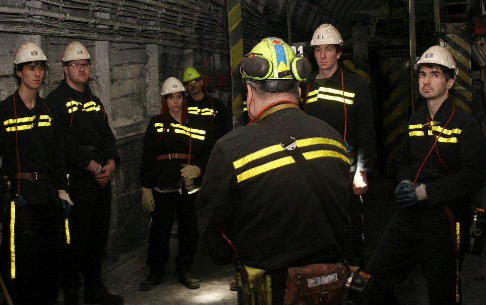 Důlní prostředí umožní těžaři poznat málokomu, budoucí inženýři jsou výjimka.