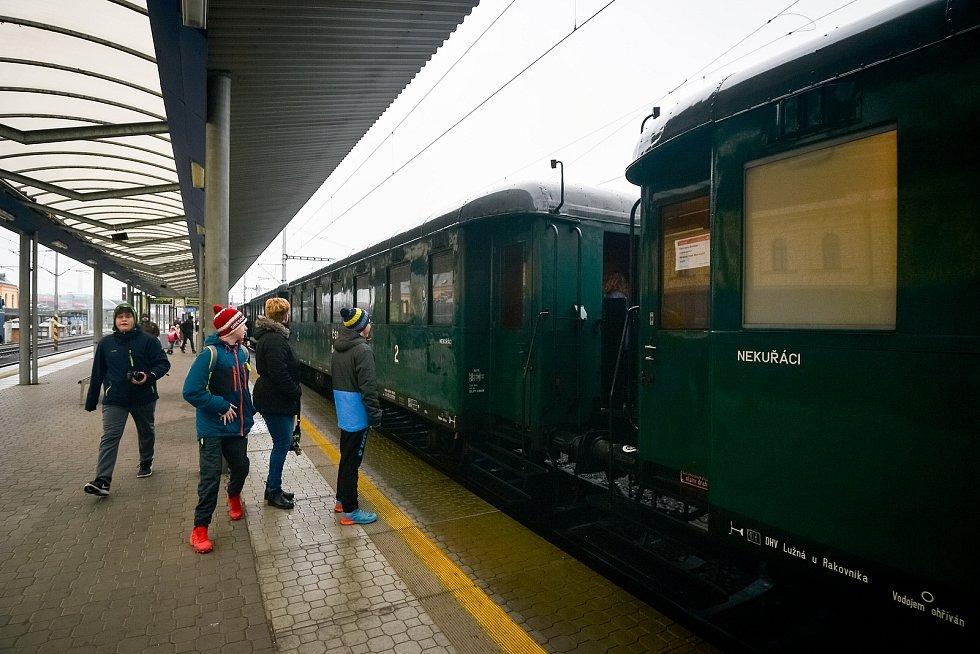 Motorová lokomotiva řady 751 - Bardotka.