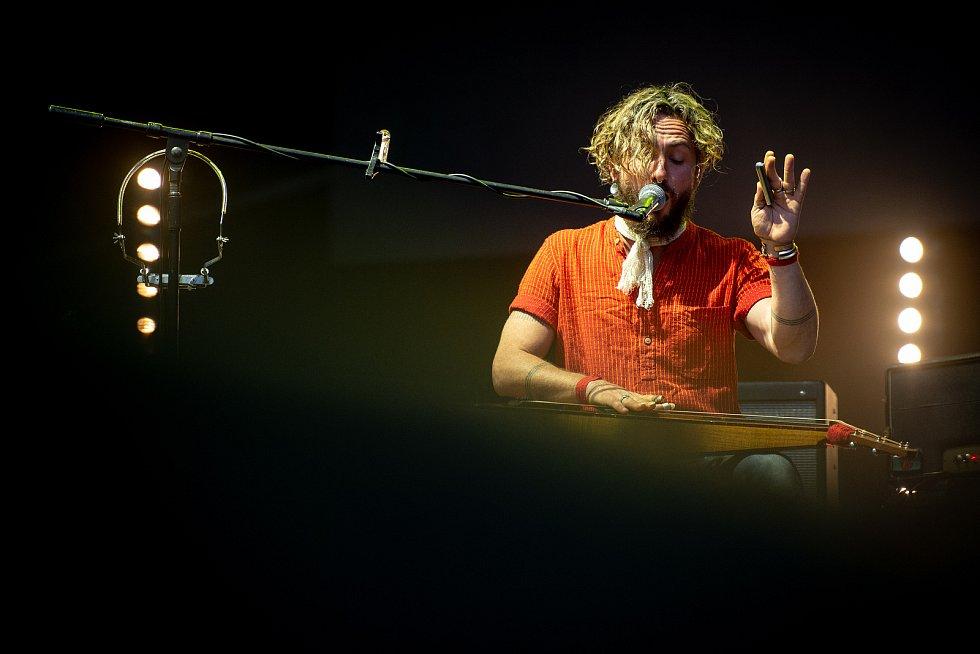 Hudební festival Colours of Ostrava v Dolní oblasti Vítkovice, 19. července 2019 v Ostravě. Na snímku John Butler Trio.