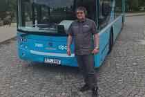 Zdeněk Tamajka nyní jezdí s doubledeckerem.