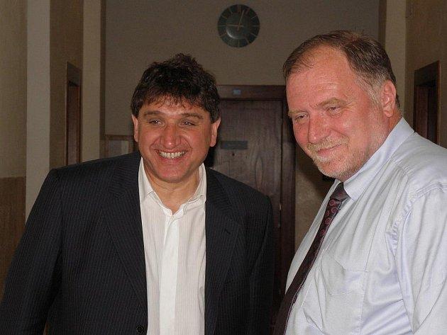 Havířovský podnikatel Petr Kellovský se svým advokátem Tomášem Sokolem.