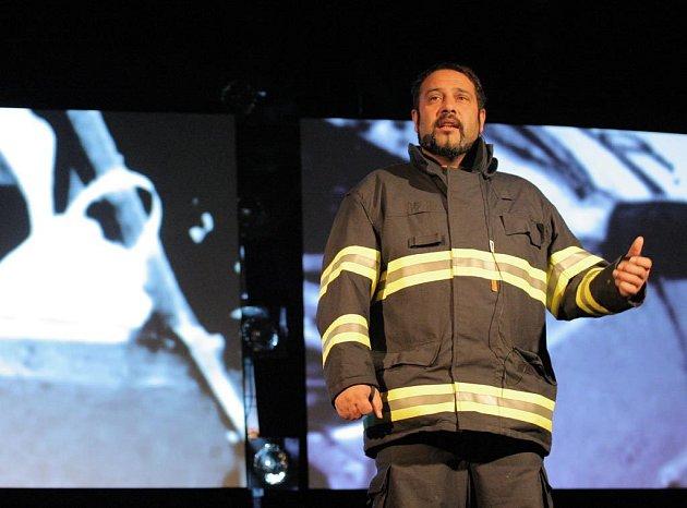 Záchranář přibližuje tragické momenty dopravních nehod