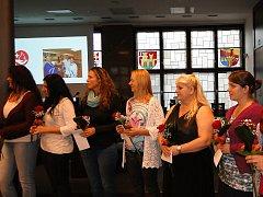 Ocenění dárci v aule novojičínské radnice. Sešlo se jich zde šedesát devět.
