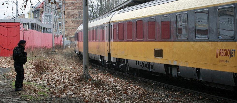 Jedna ze souprav, na kterou se zaměřili policisté, byla odstavena na vlakovém nádraží v Ostravě-Přívoze.