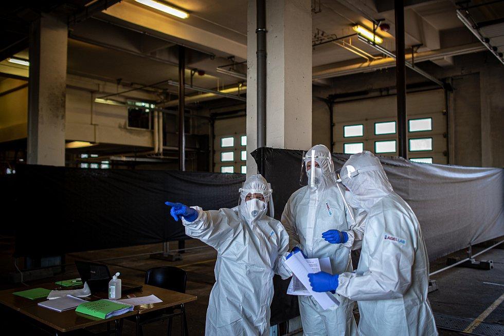 Plošné testování protilátek proti SARS-CoV-2 (COVID-19) v Moravskoslezském kraji, 2. května 2020 v Ostravě.