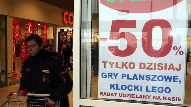 Nákupní centrum v Polsku.