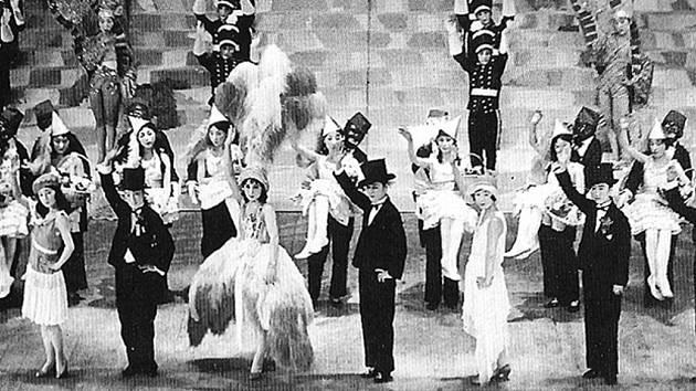 Takarazuka – nejmladší tradiční japonské divadlo.