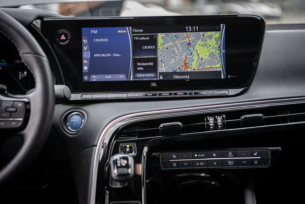 Prezentace vozidla Toyota Mirai, prvního auta na vodíkový pohon v ČR, které bude poprvé k vidění na Moravě, 19. srpna 2021 v Ostravě.