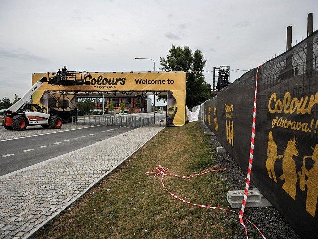 Přípravy Colours of Ostrava finišují. Do zahájení zbývají dva dny.
