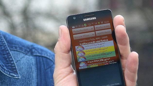 Program s názvem SmogAlarm je zatím dostupný pro operační systém Android a je ke stažení zdarma jak z Android Marketu, tak z internetových stránek sdružení Čistá Ostrava.