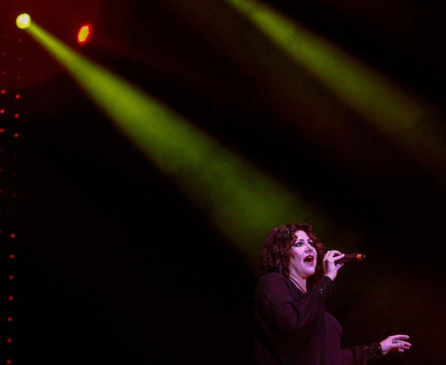 Galakoncert hudebních hvězd. Na fotografii Ilona Csáková
