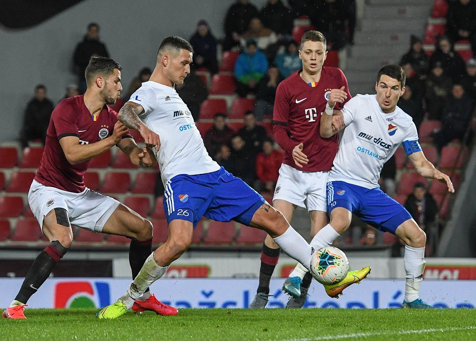 Roman Potočný a Robert Hrubý - Čtvrtfinále MOL Cup AC Sparta Praha - FC Baník Ostrava, Generali Česká pojišťovna Aréna, Praha, 4. března 2020.