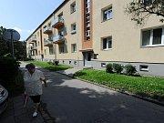 Jubilejní kolonie je často označována za rodinné stříbro Ostravy-Jihu. Na snímcích jsou domy v ulicích Letecké a Edisonově.