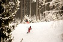 Lyžování ve ski areálu Bílá. Ilustrační foto.