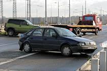 Nehodu na Opavské ulici v Ostravě způsobila ledovka