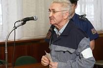 Jan Ćwik připravil o život jedenapadesátiletého muže. Prý to udělal v božím jménu.