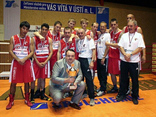 Stříbrné mužstvo boxerů z BC Ostrava