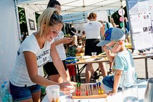 Workshopy a aktivity Ostravské univerzity potkáte v létě roku 2021 na několika oblíbených místech a akcích v kraji.