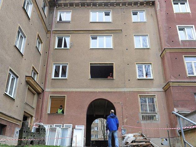 Společnosti RPG Real Estate provádí výměnu oken pouze u bytů, kde nájemníci akceptovali nově nastavené podmínky.