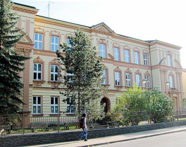 Základní a mateřská škola T. G. Masaryka ve Fulneku.