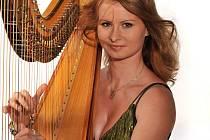 Harfenistka Ivana Dohnalová.