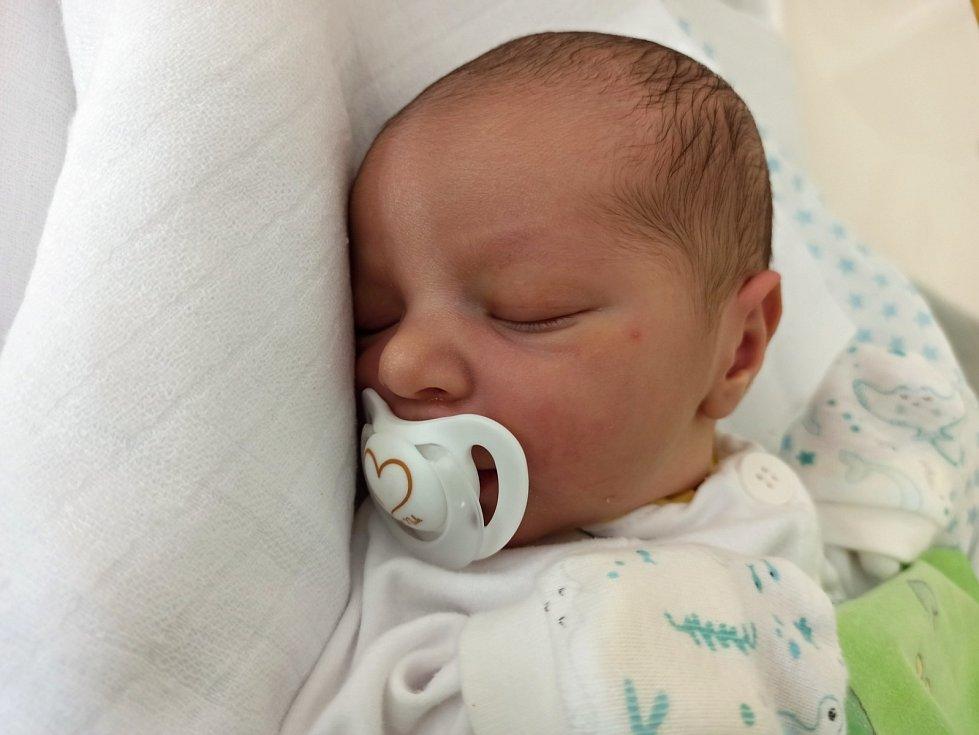 Alex Olejník, Třinec, narozen 6. června 2021, míra 48 cm, váha 2868 g.