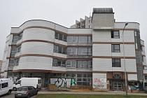 BUDOVA V HORNÍ ULICI v Ostravě-Dubině prochází rekonstrukcí. Kdo v ní bude sídlit?