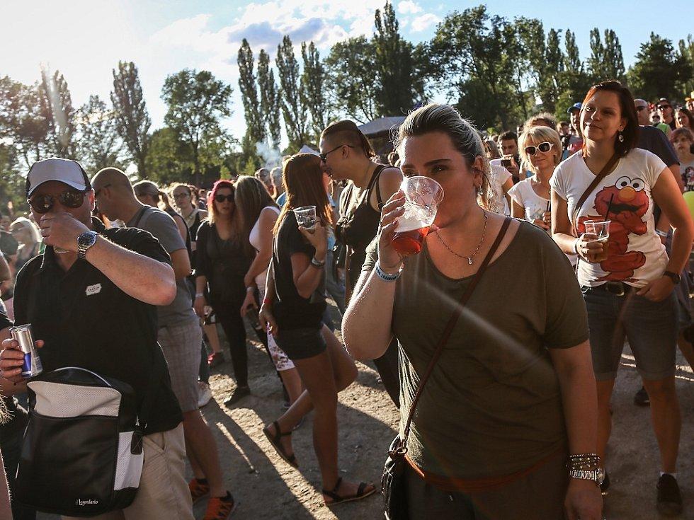 Beerfest v Dolní oblasti Vítkovic.