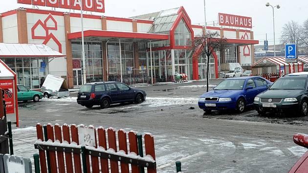 Prodejna Bauhaus v centru Ostravy letos na jaře skončí. Co bude s ní, ale i se sousedícím areálem městských jatek, stále není jasné.
